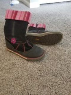 Girls winter boots size1