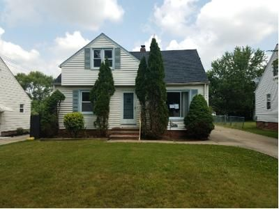 3 Bed 1.1 Bath Foreclosure Property in Maple Heights, OH 44137 - James Ave