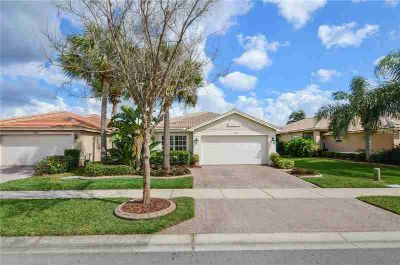15707 Crystal Waters Drive WIMAUMA Two BR, picturesque