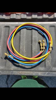 Yellow Jacket HVAC hoses with screw on ball valves $100