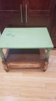 Wood table to refinish