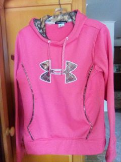 Under Armour polyester hooded pullover. Medium. camo trim