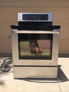 LG electric stove- convection