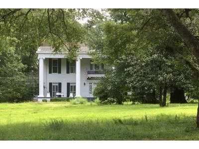 6 Bed Preforeclosure Property in Winona, MS 38967 - S Central Ave Apt 201s