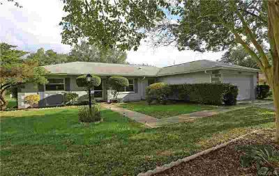 3069 N Tamarisk Avenue Beverly Hills, hard to find Three BR