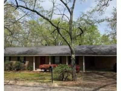 3 Bed 2 Bath Foreclosure Property in Hot Springs National Park, AR 71901 - Neptune St