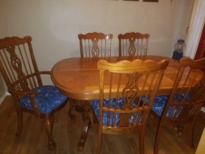 Dining room table and 6 upholstered chairs
