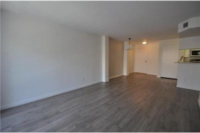 300 Off First Month's Rent! Modern NOHO Arts luxurious Apartment! Wood Floors! Quartz Counters! Beau