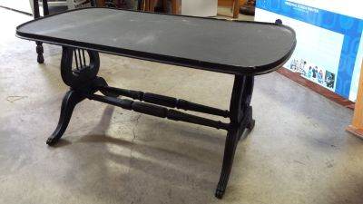 Small chalk painted coffee Table