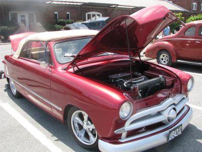 1949 Ford 2-Dr Sedan
