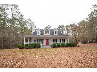 3 Bed 2.5 Bath Foreclosure Property in Rockingham, NC 28379 - Lakeshore Dr