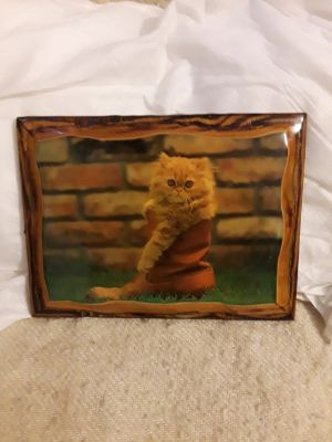 Solid wood kitty cat picture