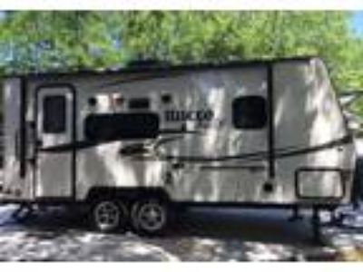 2015 Forest River Flagstaff-Micro-Lite Travel Trailer in Granbury, TX