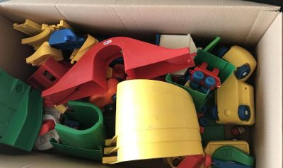 Little tikes track and vehicles