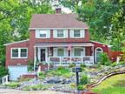 Unique Home w/Tons of Charm! 2 Blocks from Historic Occoquan!