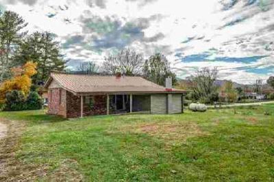883 Stewart Road Andrews Three BR, Home Sweet Home is what you ll