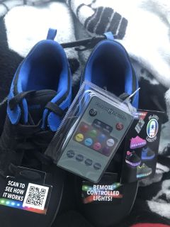 NWT remote controlled light sneakers 5