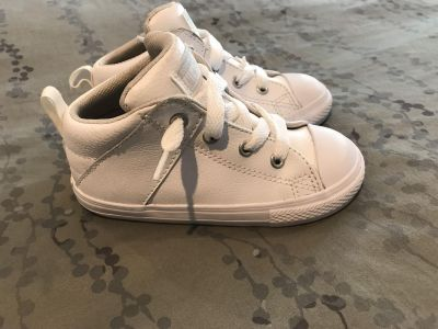 Toddler Leather Converse - 9