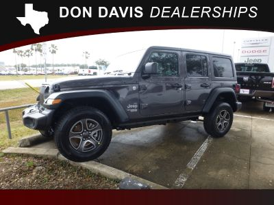 2018 Jeep All-New Wrangler Unlimited Sport 4x4 (Gray)