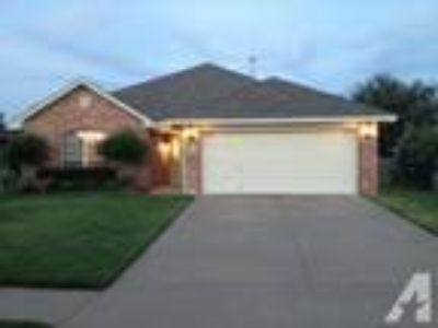 $350 / 3 BR - 1500ft - Norman Event Housing