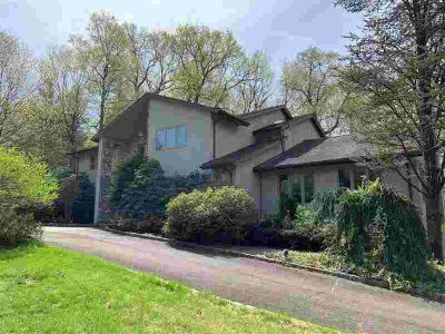792 High Woods Dr FRANKLIN LAKES Five BR, Fabulous custom