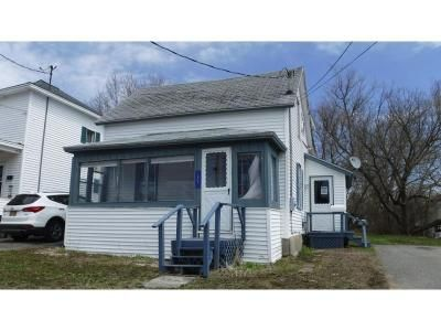 3 Bed 2 Bath Foreclosure Property in Tupper Lake, NY 12986 - Third Street