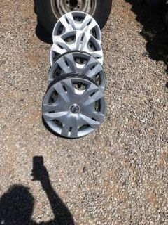 "Nissan Versa 15"" Wheels Hubcaps"