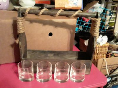 Carrying Basket with 4 Atlantis Glasses
