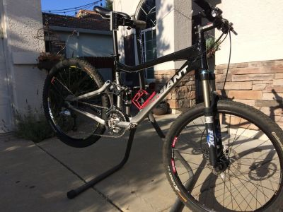 Full Suspension Giant Trance X4 Mountain Bike w/component upgrades. $800 or Best Offer.
