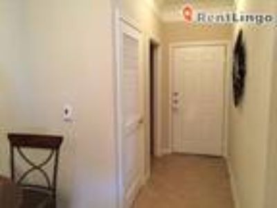 One BR 1398 Kingston Terrace