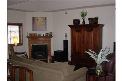 2 BR 2 FULL BATH ON A QUIET RESIDENTIAL STREET