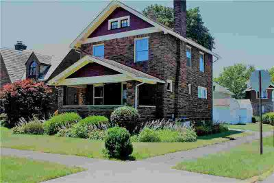 219 Foch St Ellwood City - Law Three BR, Prime Ewing Park
