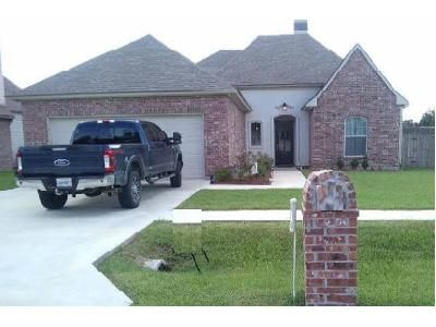 4 Bed 2 Bath Foreclosure Property in Youngsville, LA 70592 - Pinnacle Dr