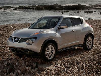 2011 Nissan JUKE S (White Pearl)