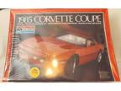 Vintage Models--1985 Chevy Corvette Mint Factory