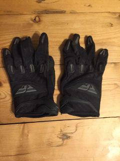 Youth Large Fly riding gloves