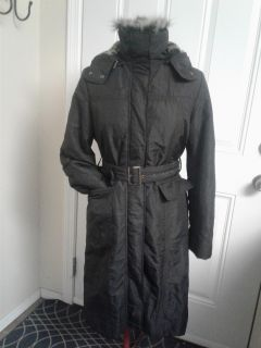 Ladies coat with removable fur