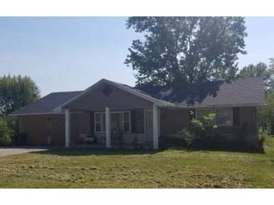 3 Bed 1 Bath Foreclosure Property in Auxvasse, MO 65231 - S Elm St