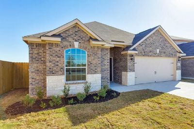 $1,069, 3br, NO Application FEE, Pet Friendly and NO MONEY DOWN