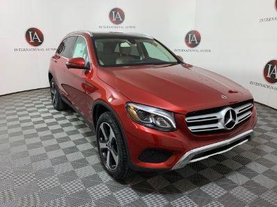 2019 Mercedes-Benz GLC (red)