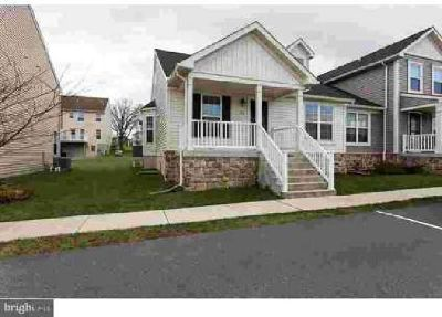 103 N Yeingst Dr Elverson Three BR, Adorable home with a first