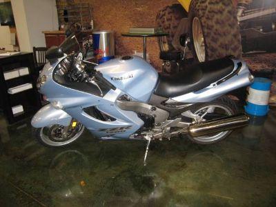 2002 Kawasaki Ninja ZZ-R1200 Supersport Touring Motorcycles Louisville, TN