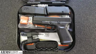 For Sale: GLOCK 19 GEN 5!