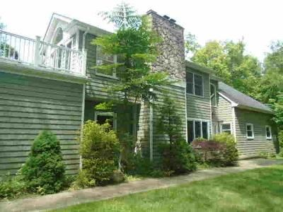 4 Bed 3 Bath Foreclosure Property in East Setauket, NY 11733 - Old Field Rd