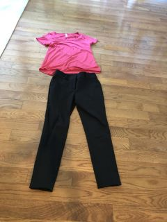 15.00 size 0 Loft Marissa skinny black pants. Perfect pants for anytime of the year. Retails 69.50