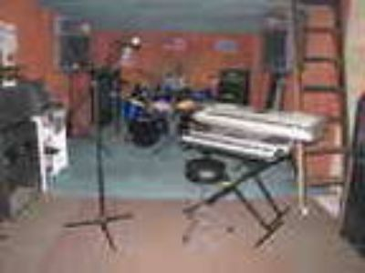 Rehearsal And Recording Studios Strating At 10 Hour Fully Equip