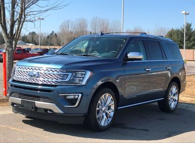 2018 Ford Expedition Platinum (blue)