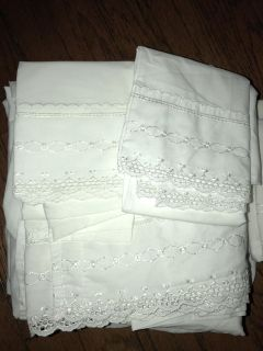 White Sheet set for full double bed eyelet lace trim with 4 pillowcases