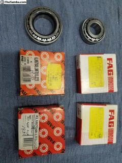 64-67 Bus Front Wheel Bearings, New