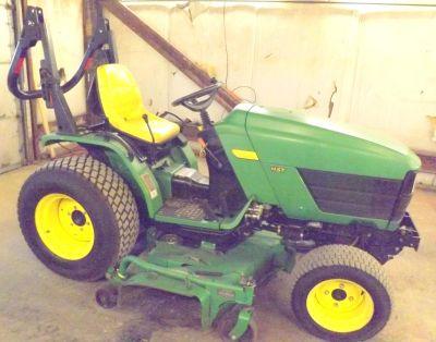 """Deere Tractor 4115, 72"""" Mid"""